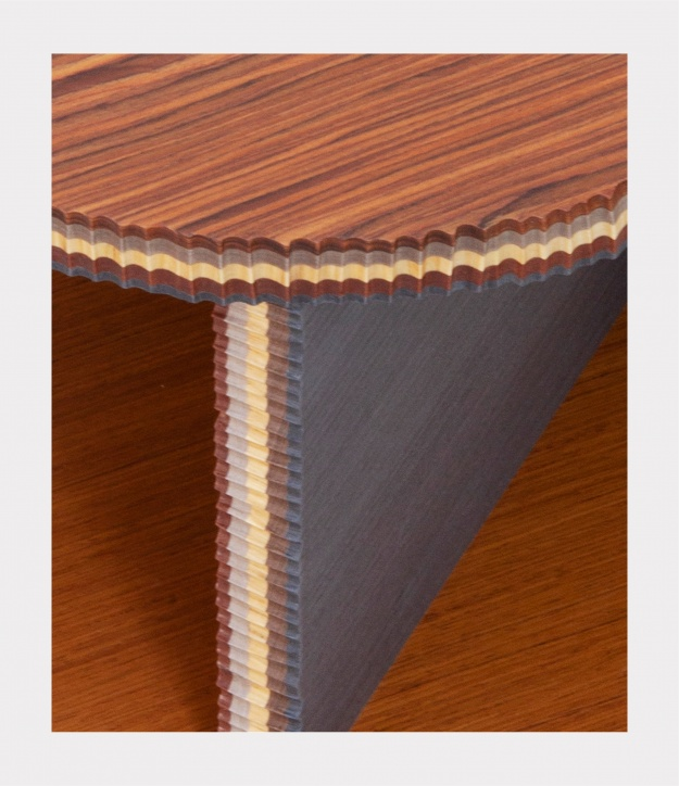 """Il legno di recupero ALPI nella nuova collezione di tavoli """"George"""",  progettati da Marco Campardo per la SEEDS London Gallery"""