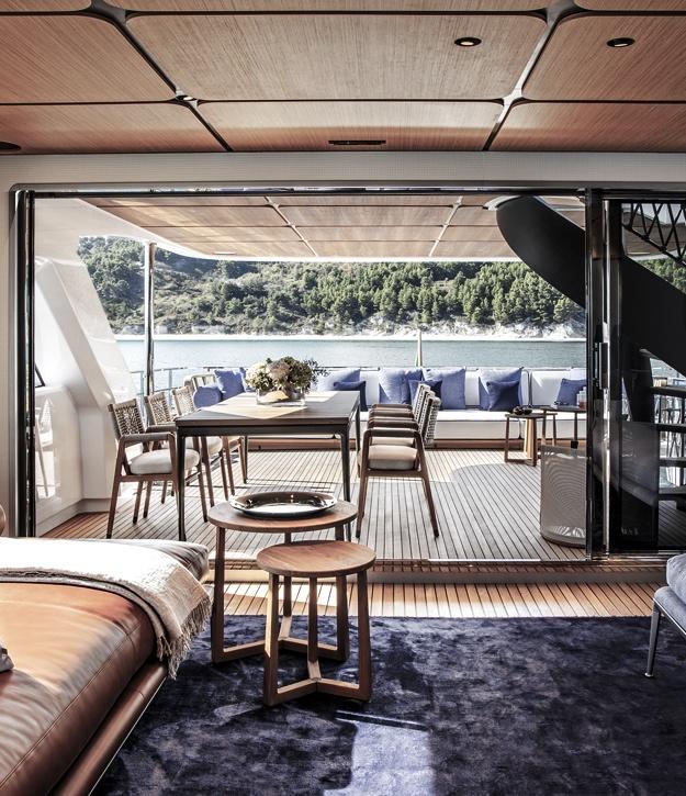 Custom Line Navetta 30 | Design by Antonio Citerio e Patricia Viel